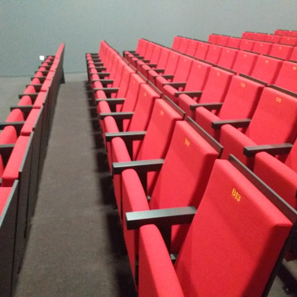 Salle amphi théâtre